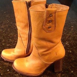 Frye EUC authentic heeled leather boots sz 6B